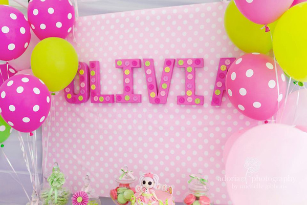 LaLa Loopsy Cake Decorating Birthday Party via Kara's Party Ideas | Kara'sPartyIdeas.com #lala #loopsy #cake #decorationg #party #supplies #ideas (8)