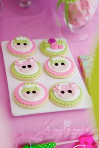 LaLa Loopsy Cake Decorating Birthday Party via Kara's Party Ideas | Kara'sPartyIdeas.com #lala #loopsy #cake #decorationg #party #supplies #ideas (2)