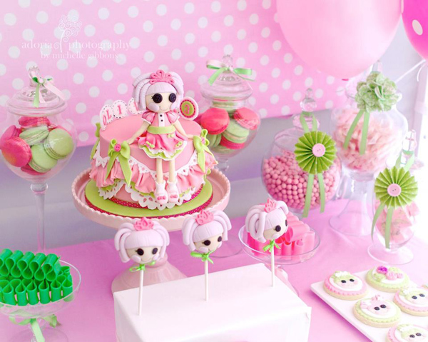LaLa Loopsy Cake Decorating Birthday Party via Kara's Party Ideas | Kara'sPartyIdeas.com #lala #loopsy #cake #decorationg #party #supplies #ideas (11)