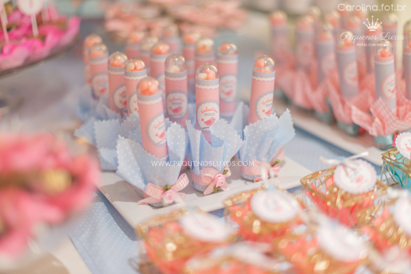 Little Birds Pink and Blue Party via Kara's Party Ideas | Kara'sPartyIdeas.com #little #birds #pink #and #blue #party #ideas #supplies (20)