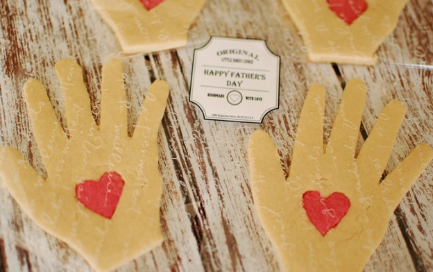 #Hand #Print #sugar #cookies #cookie #ideas #idea #recipe (1)