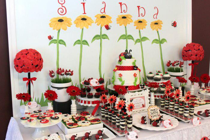 Kara 39 s party ideas lovebug 2nd birthday party via kara 39 s for 2nd birthday decoration ideas