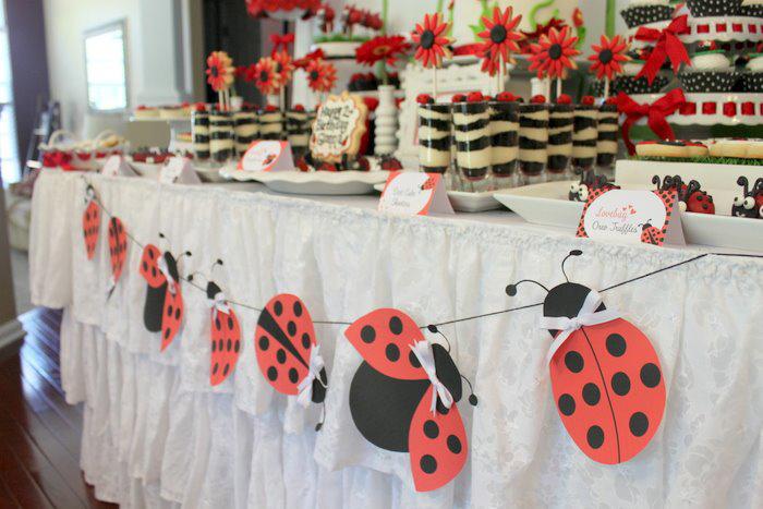 Kara 39 s party ideas lovebug 2nd birthday party via kara 39 s for 2nd birthday party decoration ideas