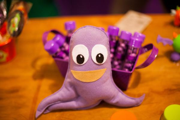 Lil' Monster Party via Kara's Party Ideas | KarasPartyIdeas.com #lil #little #monster #birthday #party #ideas (74)
