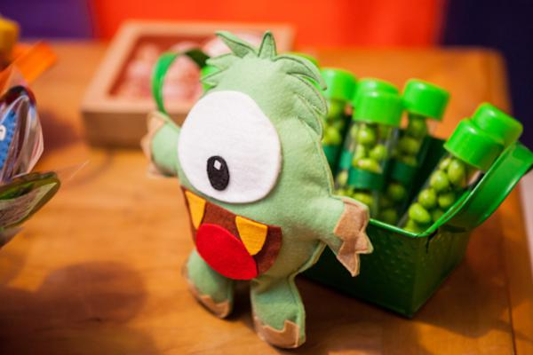 Lil' Monster Party via Kara's Party Ideas | KarasPartyIdeas.com #lil #little #monster #birthday #party #ideas (34)