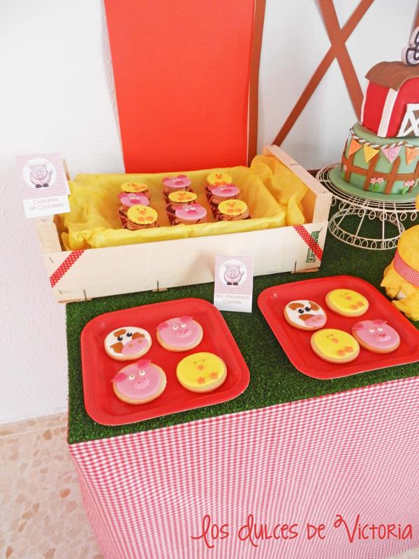 McDonald's Farm Birthday Party via Kara's Party Ideas | Kara'sPartyIdeas.com #mcdonald #farm #birthday #party #supplies #ideas (8)