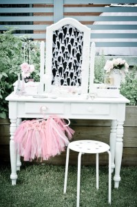 Paris Pamper Party via Kara's Party Ideas | Kara'sPartyIdeas.com #paris #pamper #party #supplies #ideas (11)