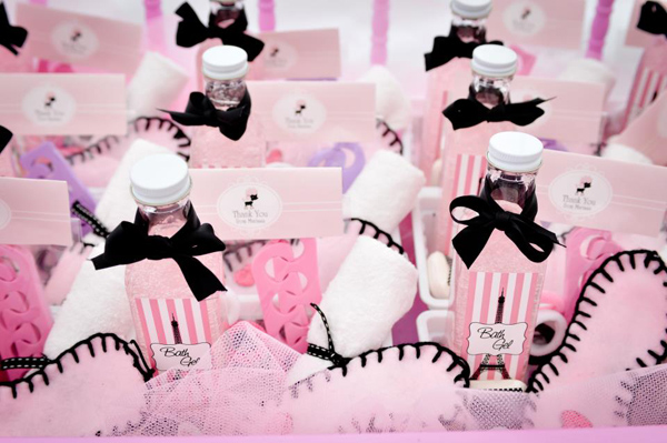 Pamper Party Cake Images : Kara s Party Ideas Paris Pamper Party Planning Ideas ...