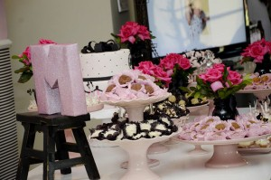 Pink Paris Party via Kara's Party Ideas | Kara'sPartyIdeas.com #pink #paris #party #planning #ideas #supplies (6)