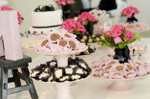 Pink Paris Party via Kara's Party Ideas | Kara'sPartyIdeas.com #pink #paris #party #planning #ideas #supplies (17)