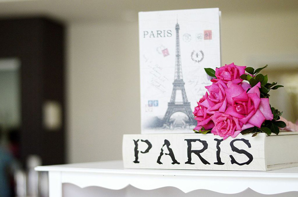 Pink Paris Party via Kara's Party Ideas | Kara'sPartyIdeas.com #pink #paris #party #planning #ideas #supplies (16)