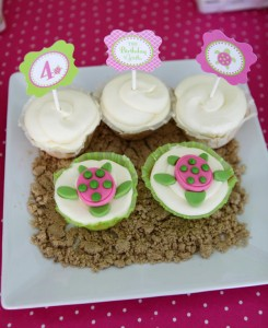 Preppy Pink and Green Sea Turtle Party via Kara's Party Ideas | Kara'sPartyIdeas.com #preppy #pink #and #green #sea #turtle #birthday #party (18)