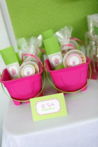 Preppy Pink and Green Sea Turtle Party via Kara's Party Ideas | Kara'sPartyIdeas.com #preppy #pink #and #green #sea #turtle #birthday #party (21)