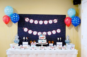 puppy doggy paw-ty party via Kara's Party Ideas Doggy 1st Supplies Decorations