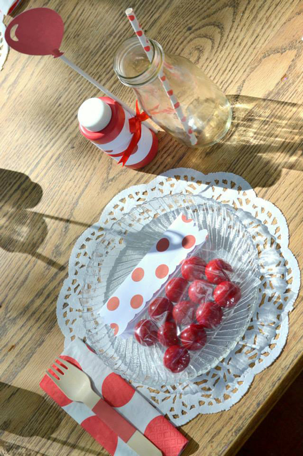 The Red Balloon Party via Kara's Party Ideas | KarasPartyIdeas.com #the #red #balloon #party #ideas #supplies (6)
