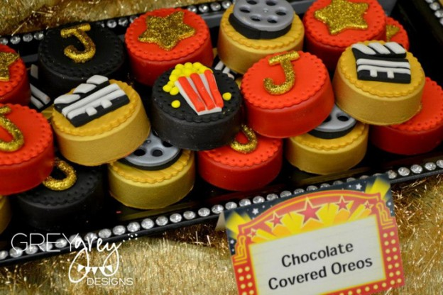 Red Carpet Birthday Party via Kara's Party Ideas | Kara'sPartyIdeas.com #red #carpet #birthday #party #ideas #supplies #decorations (6)