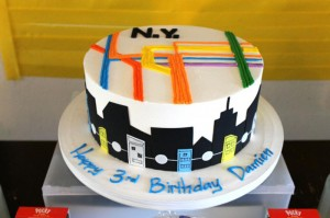 #NewYork #SubwayCake #Subway #planning #ideas #decorations #party #supplies (15)