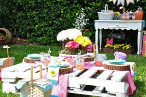 Teddy Bear Picnic 3rd Birthday Party via Kara's Party Ideas | Kara'sPartyIdeas.com #teddy #bear #picnic #3rd #birthday #party #supplies #ideas (40)