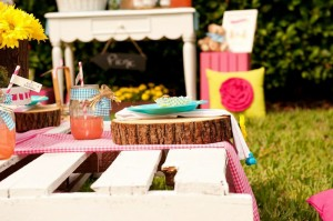Teddy Bear Picnic 3rd Birthday Party via Kara's Party Ideas | Kara'sPartyIdeas.com #teddy #bear #picnic #3rd #birthday #party #supplies #ideas (36)