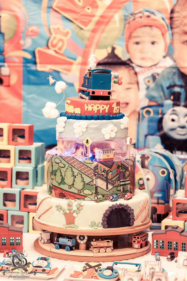 Thomas Train Birthday Party via Kara's Party Ideas | Kara'sPartyIdeas.com #thomas #train #birthday #party #supplies #ideas (20)
