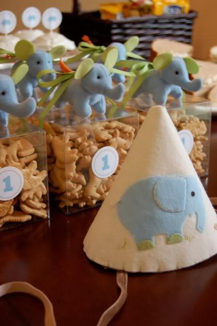 Kara S Party Ideas Baby Elephant 1st Birthday Party Kara