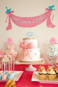 Cinderella Princess Party via Kara's Party Ideas | KarasPartyIdeas.com #cinderella #disney #princess #party #ideas (12)