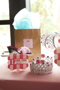 Cinderella Princess Party via Kara's Party Ideas | KarasPartyIdeas.com #cinderella #disney #princess #party #ideas (5)