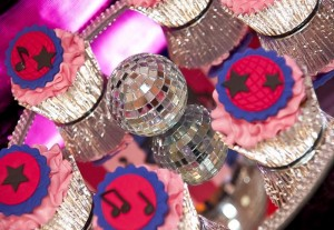 Pink Disco Party via Kara's Party Ideas #disco #PinkParty #planning #idea #decorations (17)