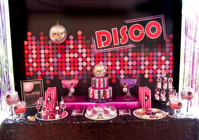 Kara 39 s party ideas pink disco party via karaspartyideas for Decoracion 70 s