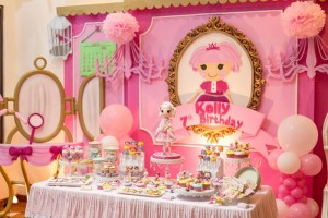 Lalaloopsy Beauty Parlor Party via Kara's Party Ideas #lalaloopsy #spa #makeover #party #planning #idea #decorations (14)