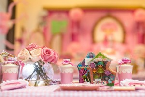 Lalaloopsy Beauty Parlor Party via Kara's Party Ideas #lalaloopsy #spa #makeover #party #planning #idea #decorations (13)