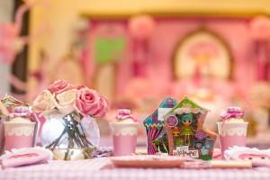 Lalaloopsy Beauty Parlor Party via Kara's Party Ideas #lalaloopsy #spa #makeover #party #planning #idea #decorations (13)
