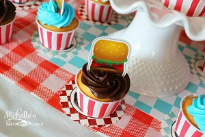 1950's Diner Party via Kara's Party Ideas #1950s #diner #FathersDay #retro #party #idea #decorations (26)