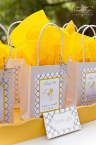 Dandelion Baby Shower via Kara's Party Ideas #dandelion #BabyShower #PartyPlanning #idea #PartyDecorations (5)