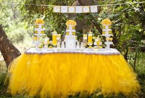 Dandelion Baby Shower via Kara's Party Ideas #dandelion #BabyShower #PartyPlanning #idea #PartyDecorations (17)