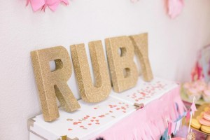 Beauty Queen Birthday Party via Kara's Party Ideas | Kara'sPartyIdeas.com #Beauty #Pageant #Party #Planning #Idea #Decorations (31)
