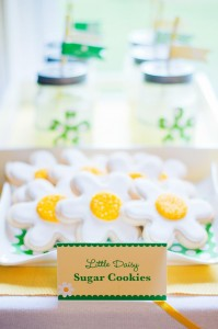 Little Daisy Party via Kara's Party Ideas | Kara'sPartyIdeas.com #Daisy #Party #Baby #Shower #Idea (7)