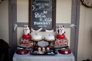 Dog Birthday Party #planning #idea #decorations #bones #cake (15)
