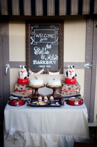 Dog Birthday Party #planning #idea #decorations #bones #cake (14)