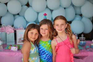 #surf #party #birthday #planning #girl #cake #decorations #ideas #idea (23)