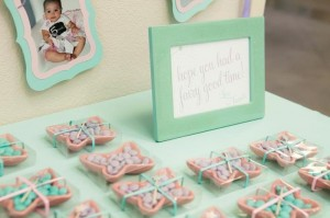 Fairy 1st Birthday Party via Kara's Party Ideas | Kara'sPartyIdeas.com #Fairies #Party #Ideas #Girl #Decorations (34)