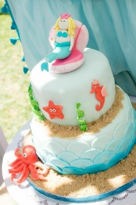Mermaid Princess Party via Kara's Party Ideas #mermaid #party #planning #idea #decorations #birthday #girl (36)