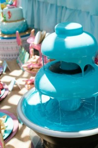 Mermaid Princess Party via Kara's Party Ideas #mermaid #party #planning #idea #decorations #birthday #girl (23)