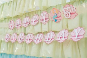 Mermaid Princess Party via Kara's Party Ideas #mermaid #party #planning #idea #decorations #birthday #girl (35)