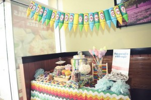 Pantone Art Birthday Party via Kara's Party Ideas | Kara'sPartyIdeas.com #Art #Party #Ideas #Supplies (16)