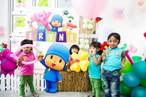 Girly Pocoyo Party via Kara's Party Ideas | Kara'sPartyIdeas.com #Girly #Pocoyo #Party #Planning #Idea #Decorations (23)