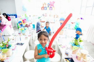 Girly Pocoyo Party via Kara's Party Ideas | Kara'sPartyIdeas.com #Girly #Pocoyo #Party #Planning #Idea #Decorations (11)