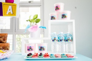 Girly Pocoyo Party via Kara's Party Ideas | Kara'sPartyIdeas.com #Girly #Pocoyo #Party #Planning #Idea #Decorations (1)