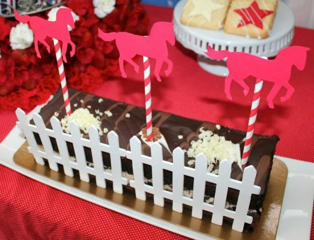 Saratoga Horse Racetrack Party via Kara's Party Ideas | Kara'sPartyIdeas.com #Racetrack #Party #Planning #idea #decorations (25)