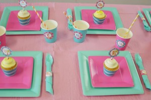 #surf #party #birthday #planning #girl #cake #decorations #ideas #idea (10)
